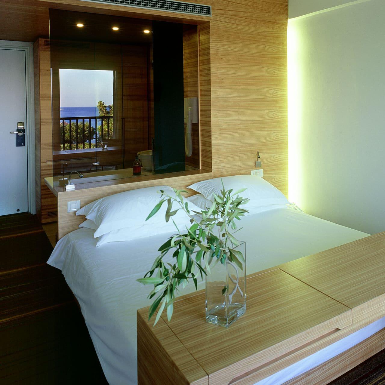 garden view hotel room in Samos