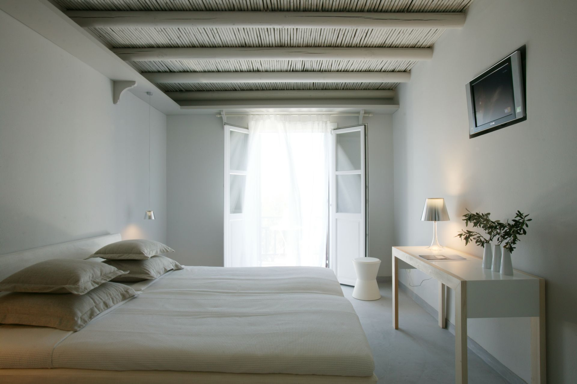 The Junior Suite of Doryssa Seaside Village is a delightful family seaview suite in Samos